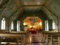 Baznīcas iekštelpa, skats uz altāri