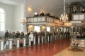 Talsu draudze iesvētību dievkalpojumā 2005. gada 25. decembrī